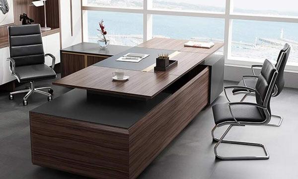رنگ میز مدیریت